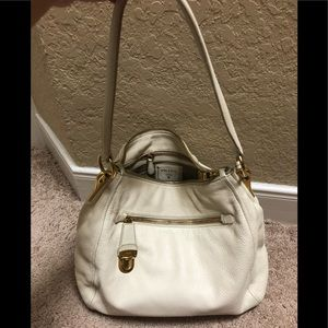 💯 authentic Prada Pushlock Zip Shoulder Bag